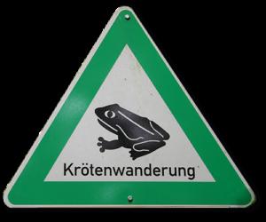Schild grünes Dreieck mit Kröte und Schriftzug Krötenwanderung
